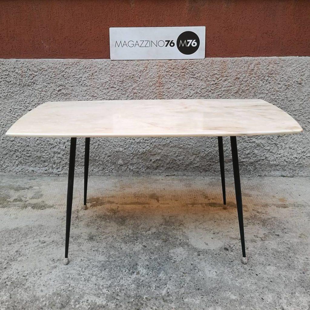Marmo Rosa Del Portogallo tavolo da caffè in marmo rosa — magazzino76